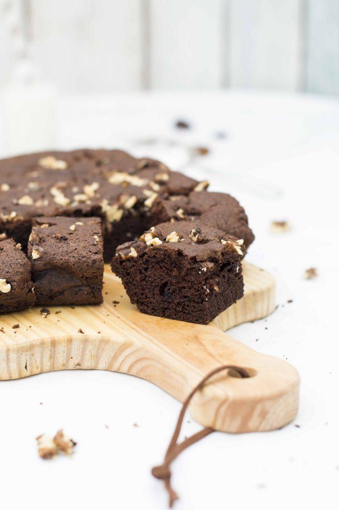 Brownie de chocolate con nueces auténtico americano